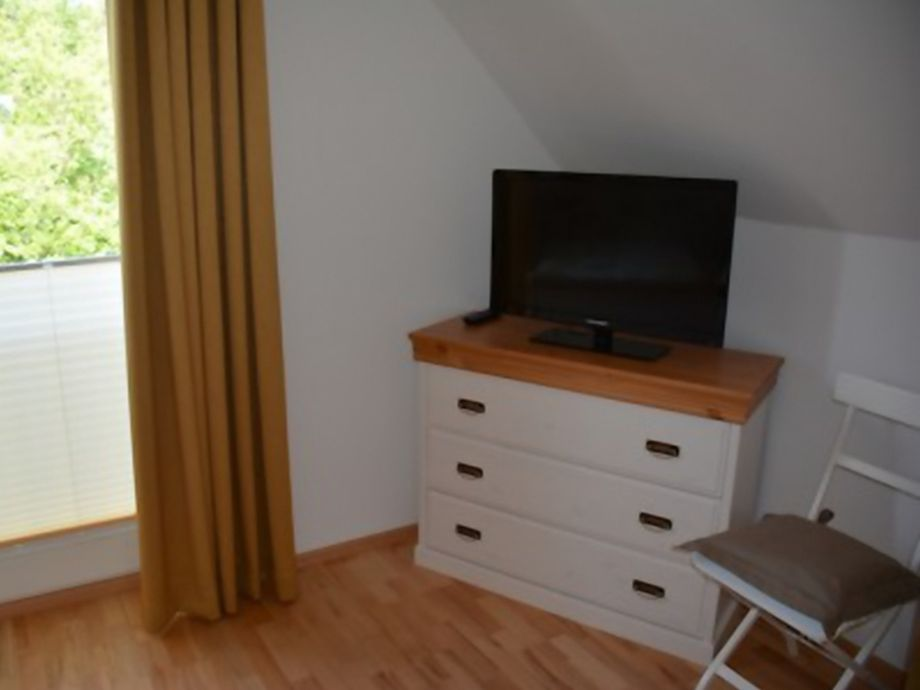 ferienhaus boddenblick insel r gen ostsee breege firma fewo meer. Black Bedroom Furniture Sets. Home Design Ideas