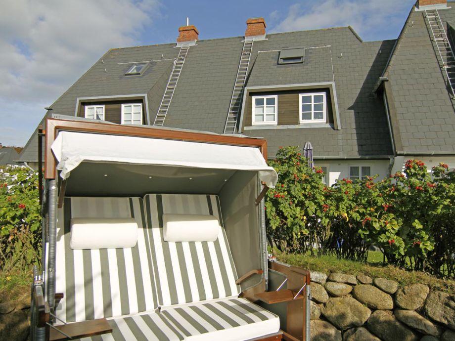 Das Haus mit dem dazugehörigen Strandkorb