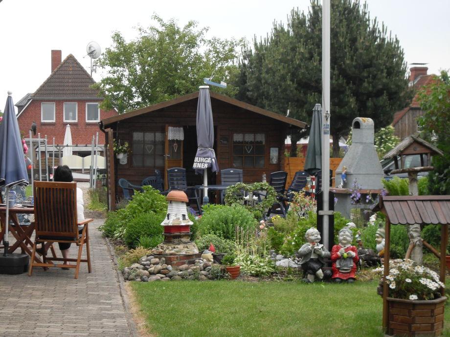 Tarasse mit Garten