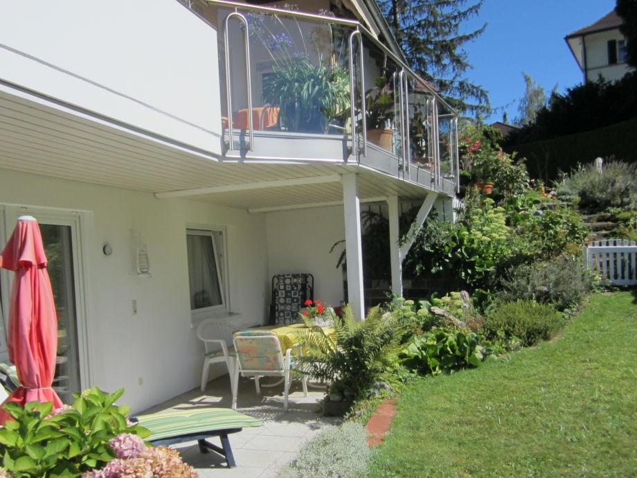Garten mit Terrasse Wohnung 2