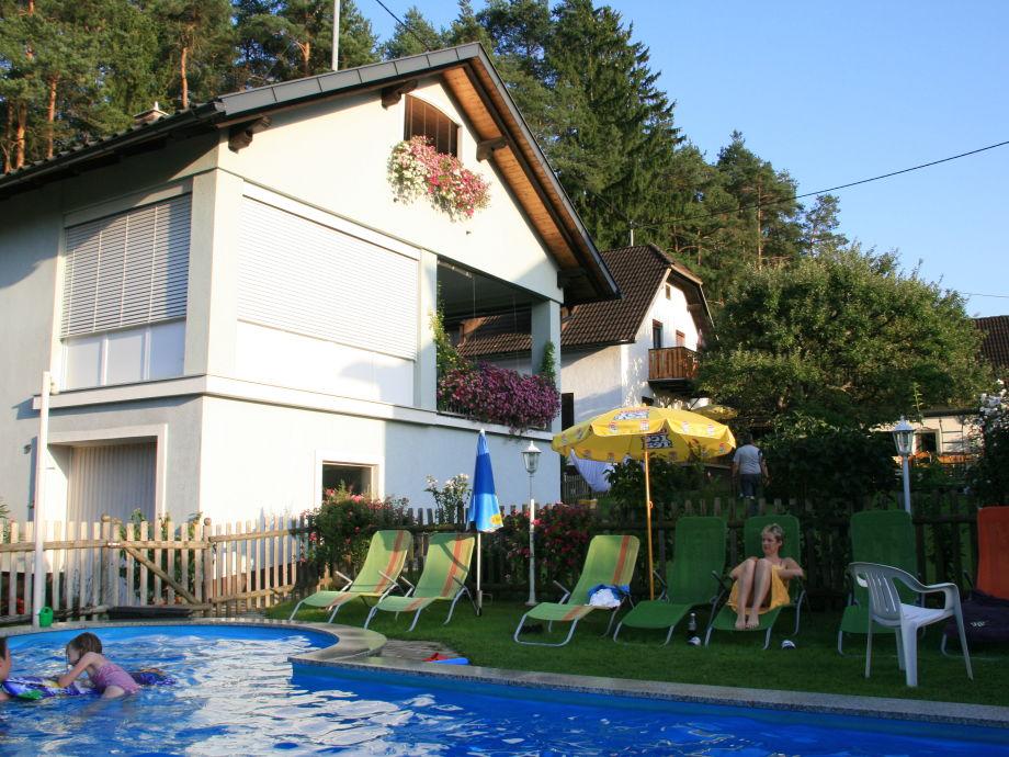 Privathaus und Ferienwohnung