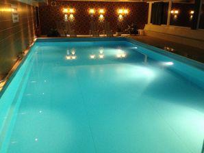 Ferienwohnung Relax 1 mit Schwimmbad im Haus