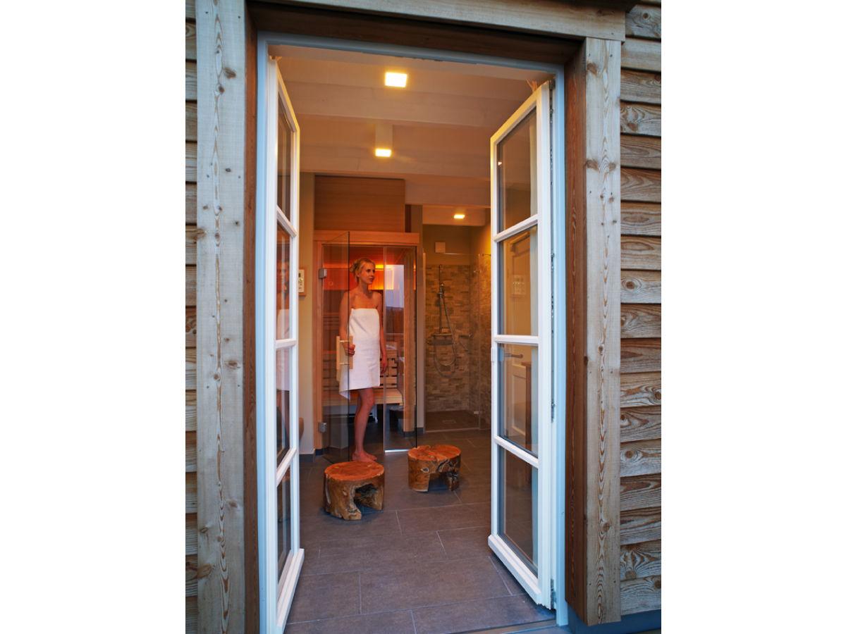 ferienhaus f r 6 personen mit sauna kamin harz firma torfhaus harzresort herr j rg. Black Bedroom Furniture Sets. Home Design Ideas