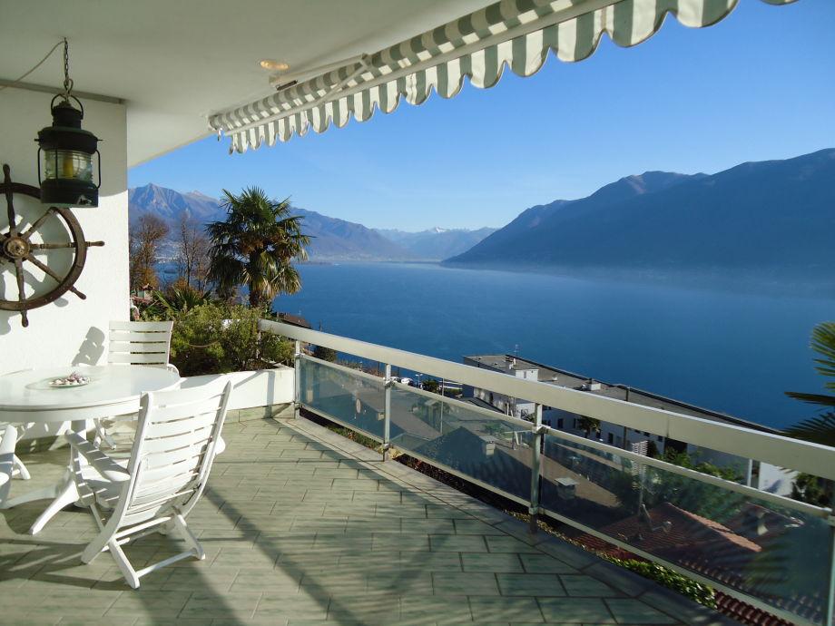 ferienhaus casa martina lago maggiore locarno firma. Black Bedroom Furniture Sets. Home Design Ideas