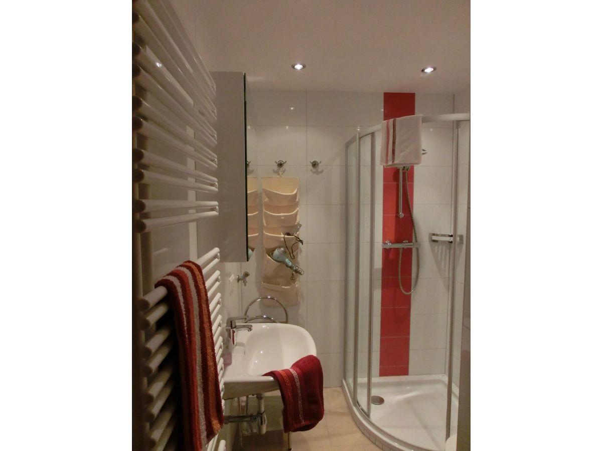 apartment direkt am ossiacher see ossiacher see gerlitzen in k rnten firma. Black Bedroom Furniture Sets. Home Design Ideas