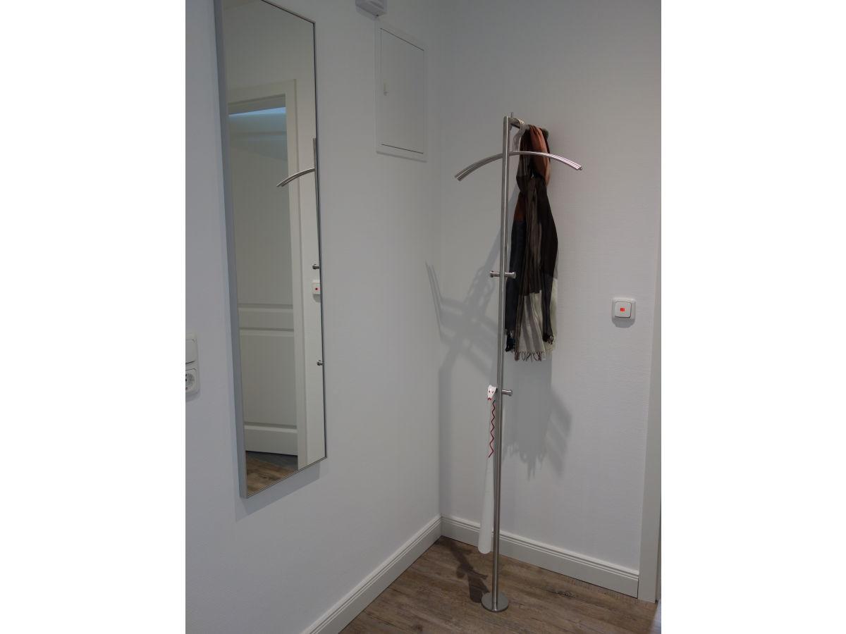 ferienwohnung nesh rn whg rungholt nordsee wyk auf f hr firma vermittlung von. Black Bedroom Furniture Sets. Home Design Ideas