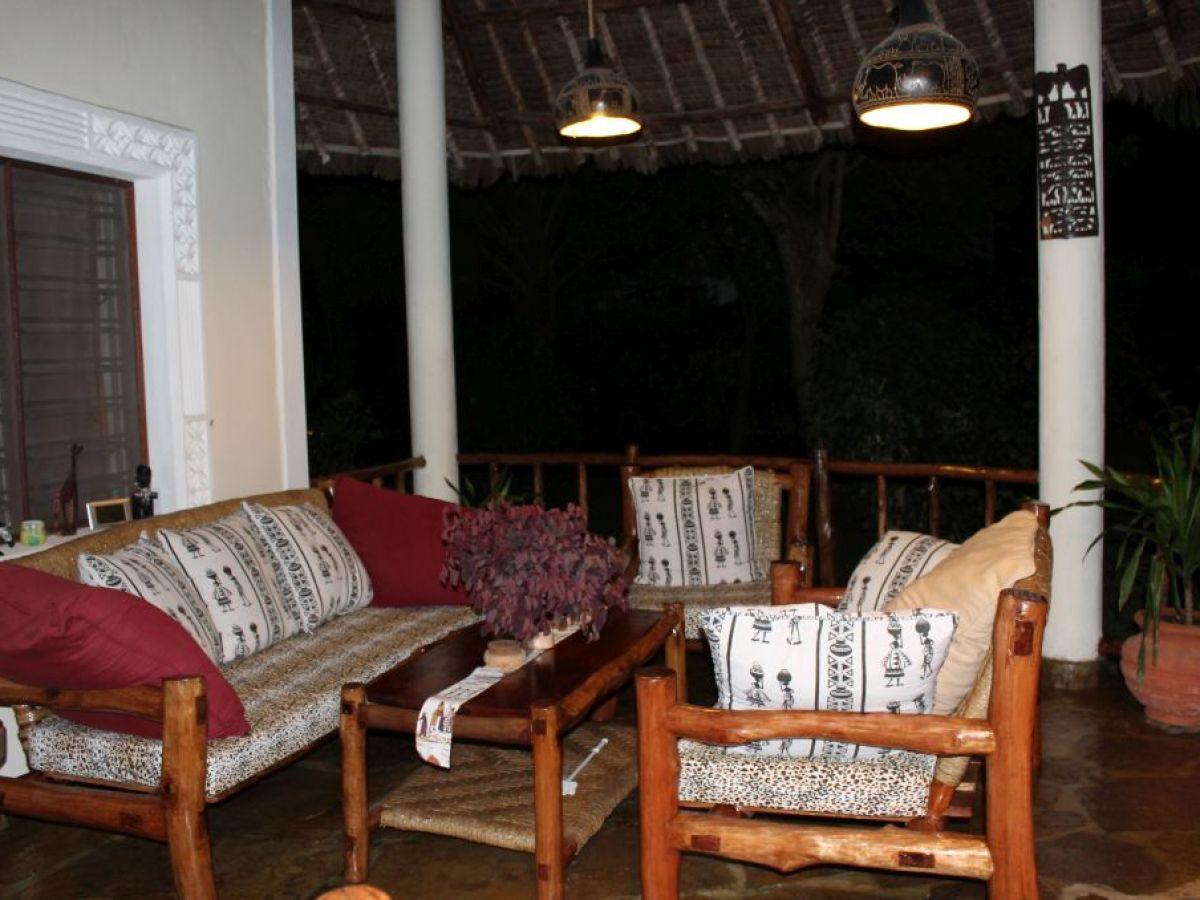 ferienhaus villa kuishi kenia diani beach familie petra und roland reichel. Black Bedroom Furniture Sets. Home Design Ideas