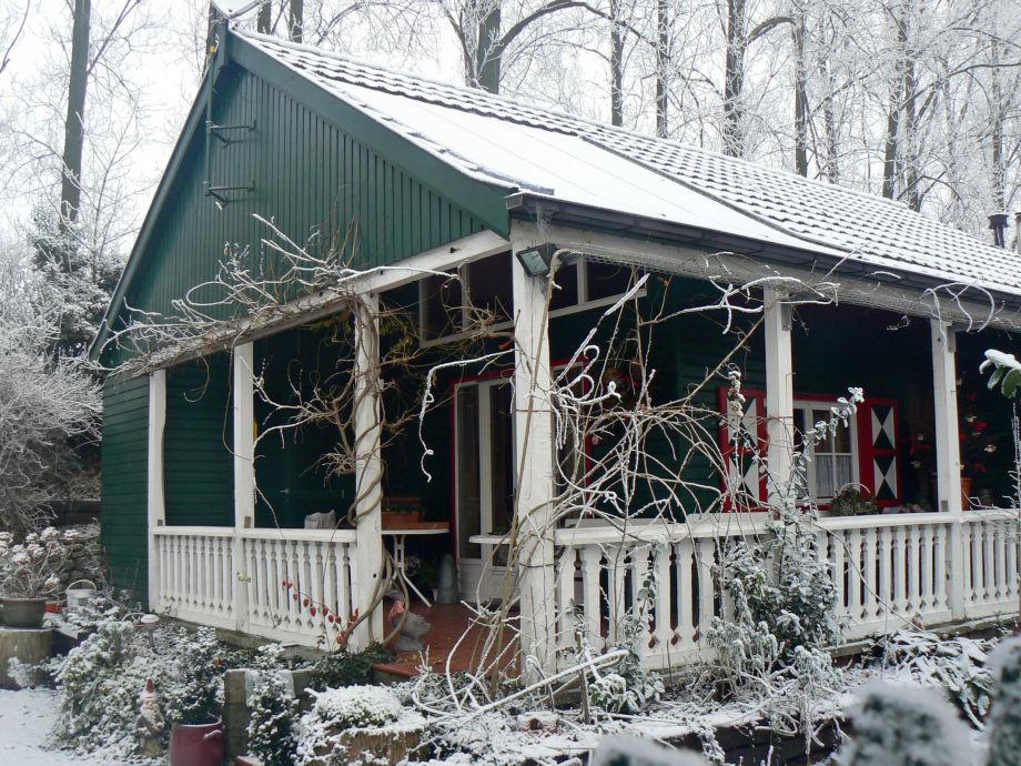 Cottage Doornendijk im Winter