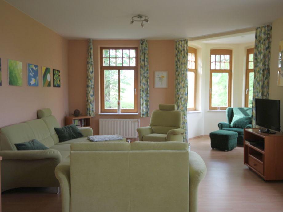 Kleines Wohnzimmer Essbereich Modern Holz Wandplatten Kleine Pictures ...