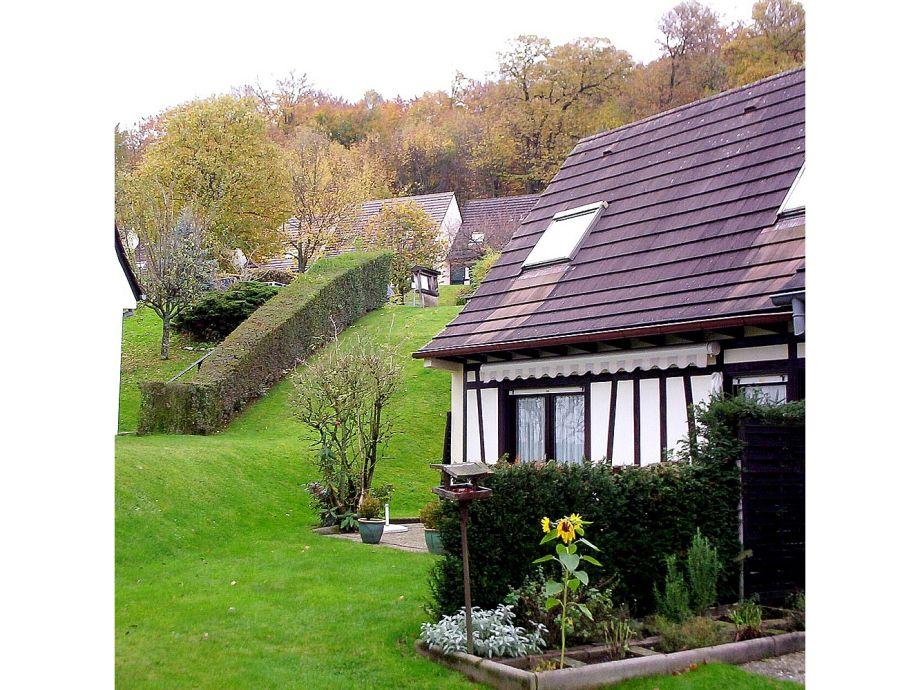 Eckhaus mit großem Garten