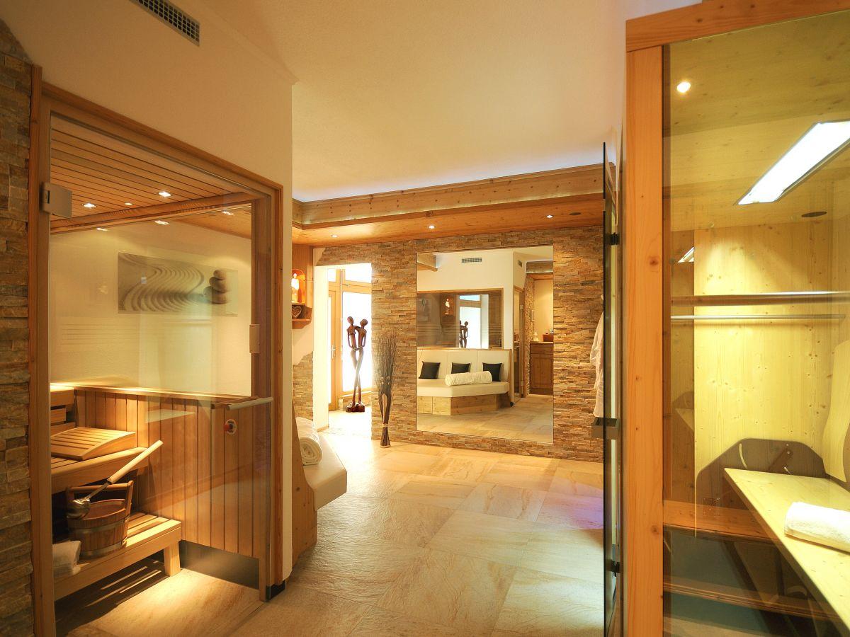 ferienwohnung rosengarten im haus schwarzenberg zillertal. Black Bedroom Furniture Sets. Home Design Ideas