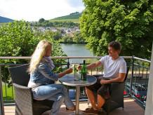 Ferienwohnung Hallenbach Zell Mosel