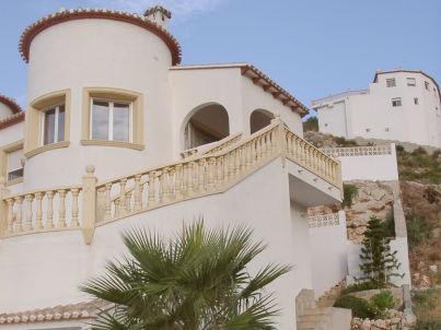 Villa Palmera Holiday House with Pool