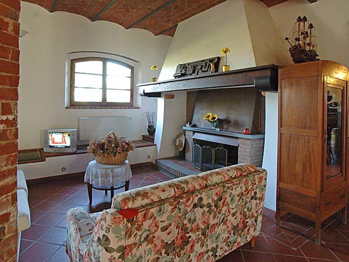 ferienwohnung casa cafaggi toskana grosseto follonica firma agenzia immobiliare toscana. Black Bedroom Furniture Sets. Home Design Ideas