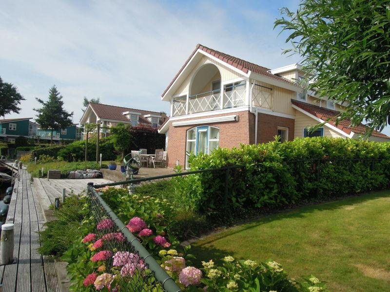 Ferienhaus Wasservilla Meerestraum
