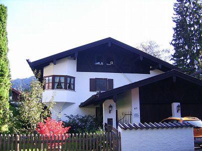 Enzian im Haus Burgstaller