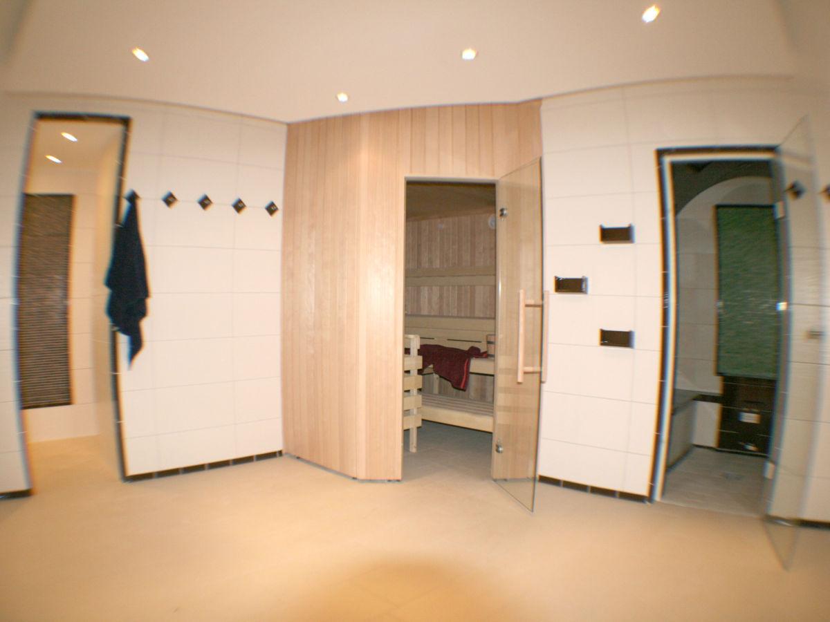 ferienwohnung 2 villa rosa sellin auf r gen ostsee insel r gen familie britta und tobias gerken. Black Bedroom Furniture Sets. Home Design Ideas