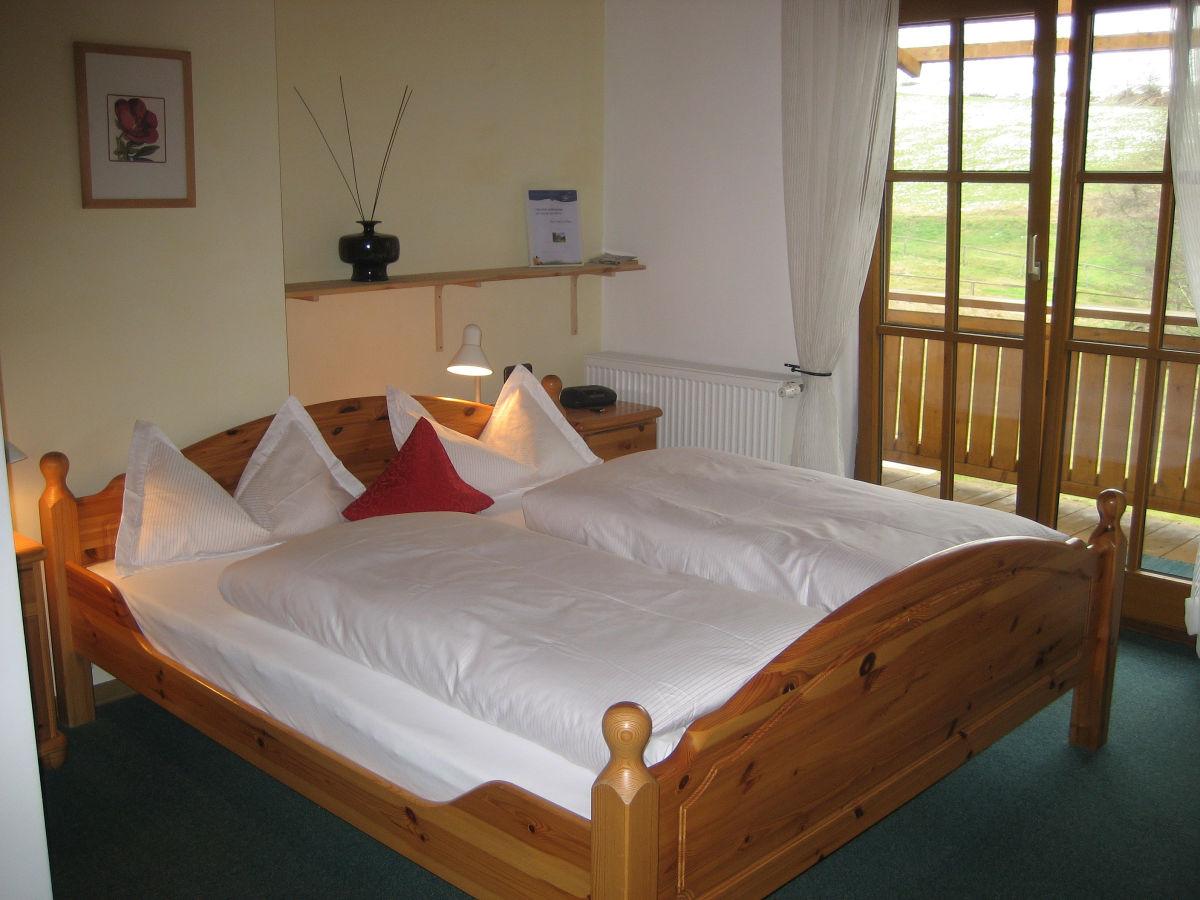 ferienwohnung g stehaus h fner bayerische rh n motten speicherz marita h fner. Black Bedroom Furniture Sets. Home Design Ideas