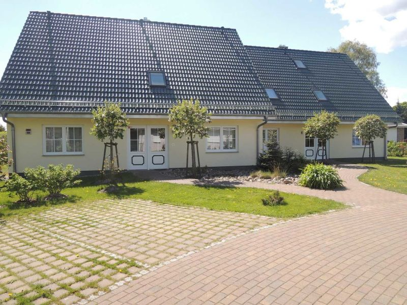 Ferienwohnung im Ferienhaus An den Deichwiesen 05 Karlshagen