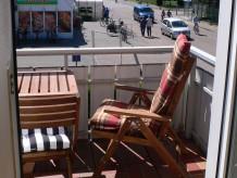 Ferienwohnung Balkon-Fewo mit Parkplatz-Nr. 8 im Haus Norderoog