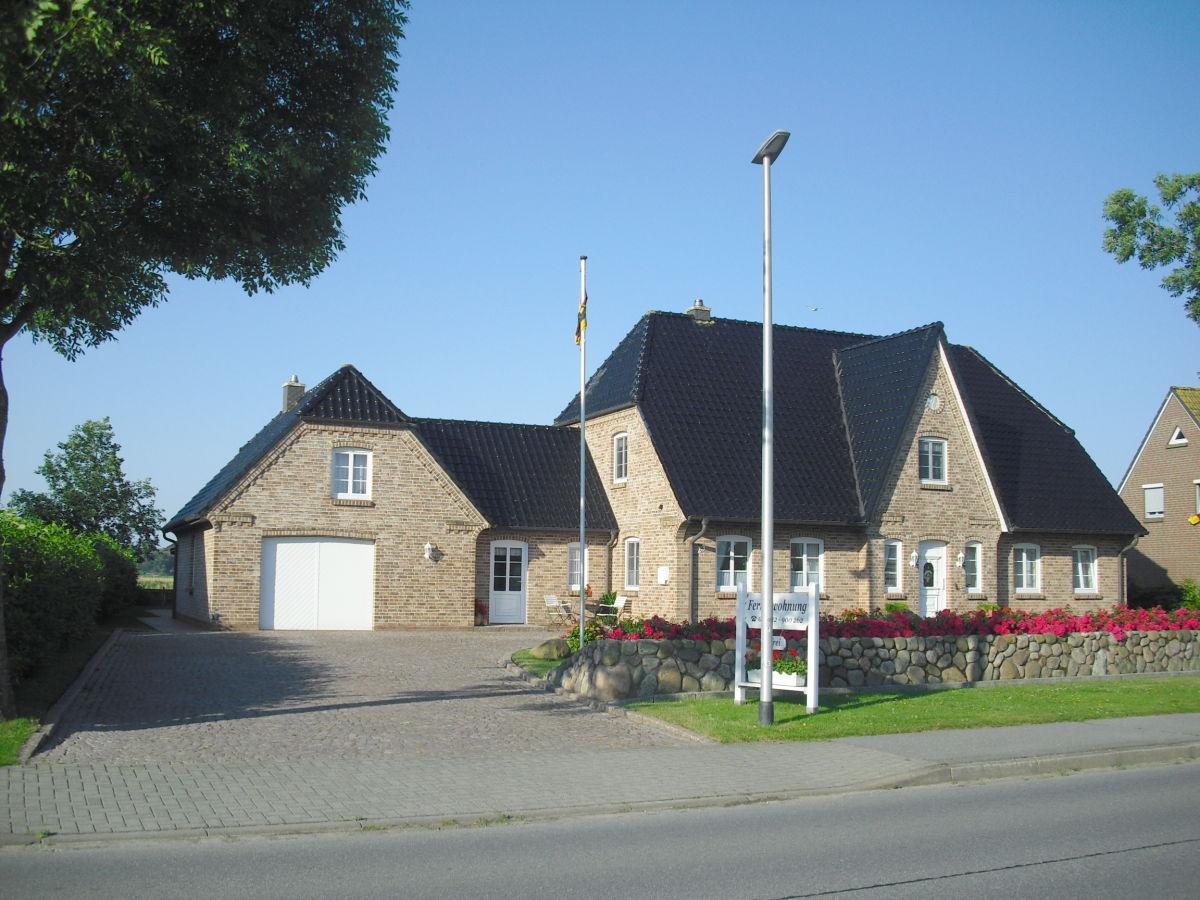 Ferienwohnung im Friesenhaus Karin, Nordsee, Nordstrand - Frau Karin Büchin