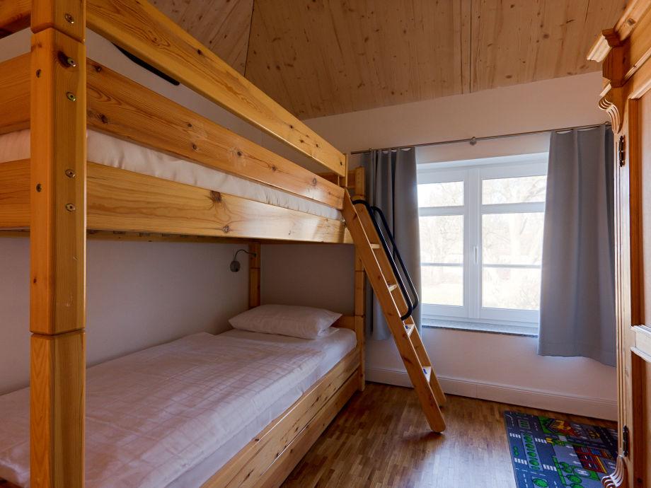 Ferienhaus kapit nshaus ahrenshoop kaj te fischland dar - Doppelstockbett mit treppe ...