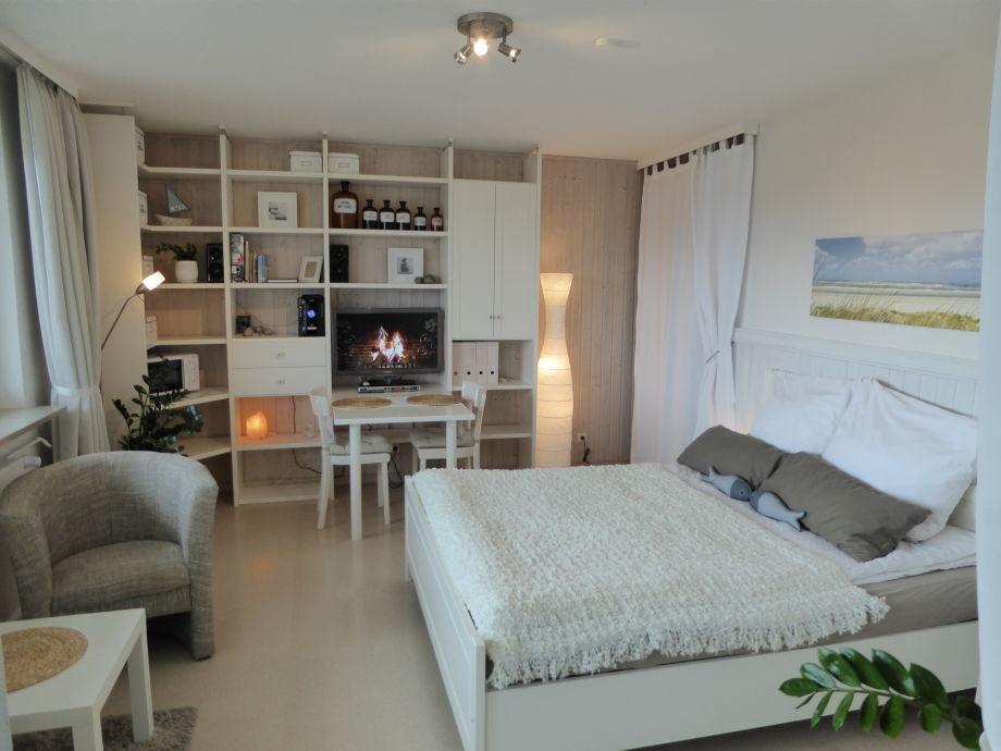 Wohn-/ und Schlafzimmer