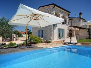 Villa 926