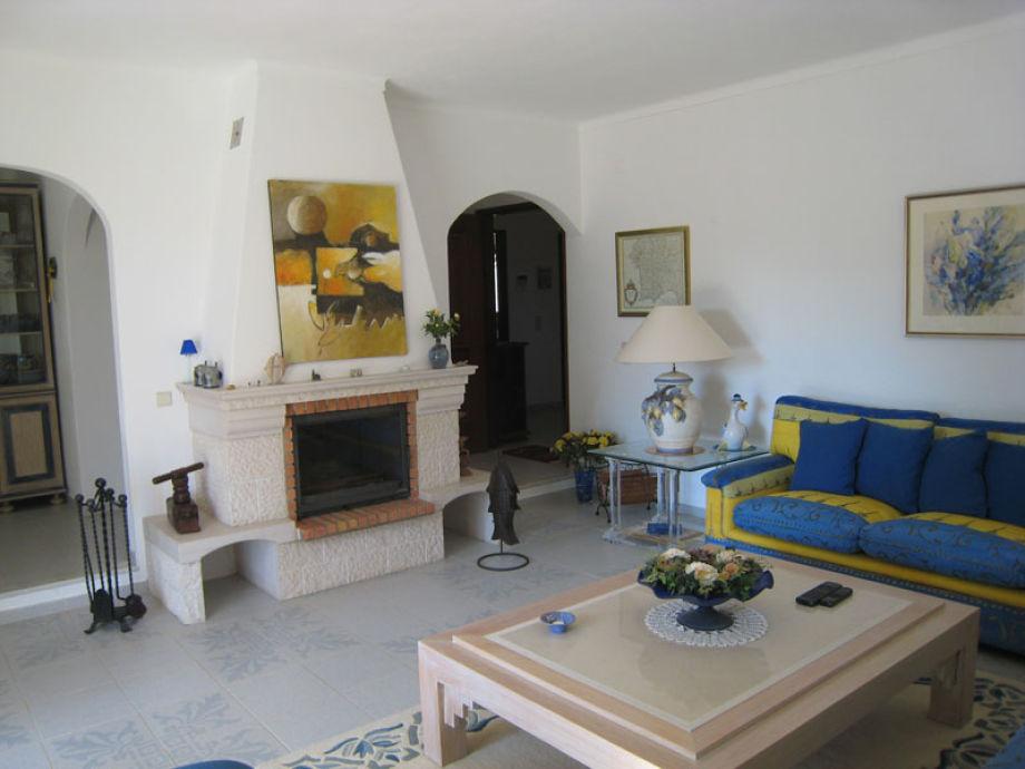 Wohnzimmer Mit Kamin Und Tv Seldeon Innen Wohnzimmer