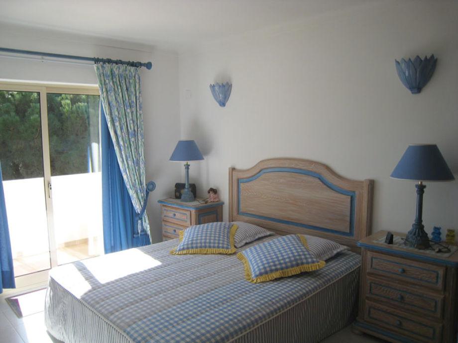 ferienhaus vivenda larga vista albufeira m bis zum falesia strand frau elena laranjeira. Black Bedroom Furniture Sets. Home Design Ideas