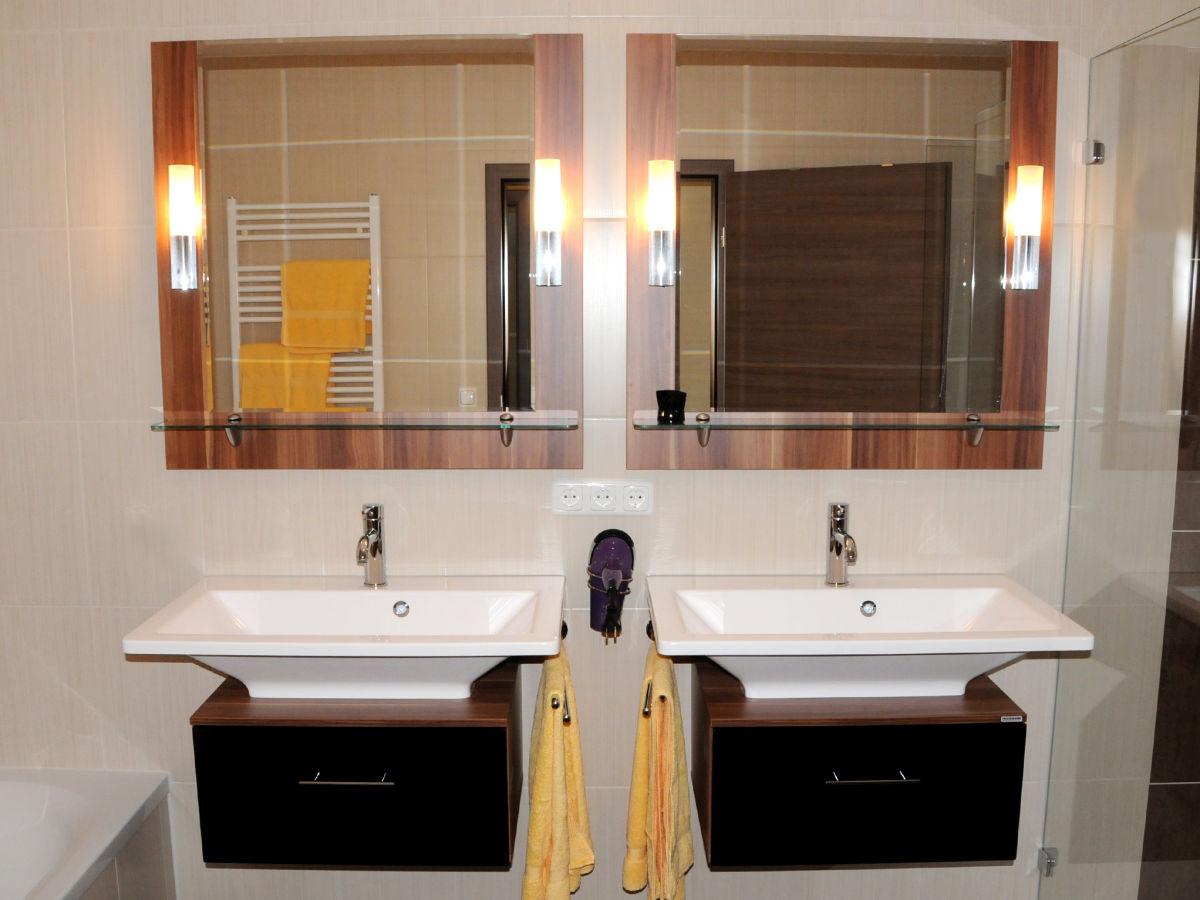 traum ferienwohnung carolin caseti ferienanlage im romantischen franken oberdachstetten. Black Bedroom Furniture Sets. Home Design Ideas