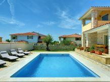 Villa 923