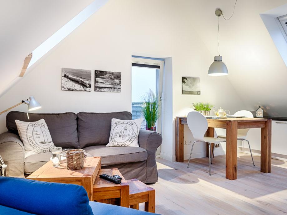 ferienwohnung modernes dachstudio in bester lage von. Black Bedroom Furniture Sets. Home Design Ideas
