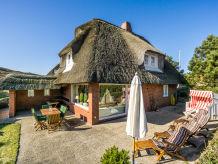 Ferienhaus Schmuckes Einzel-Ferienhaus unter Reet mit Wattblick