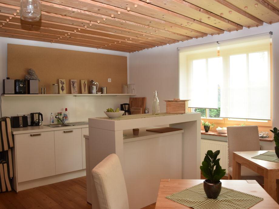 apartment im landhaus am wallersee salzburger seenland neumarkt am wallersee frau uta schleeh. Black Bedroom Furniture Sets. Home Design Ideas
