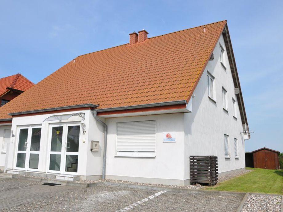 Ferienhaus mit OG Wohnung Marie