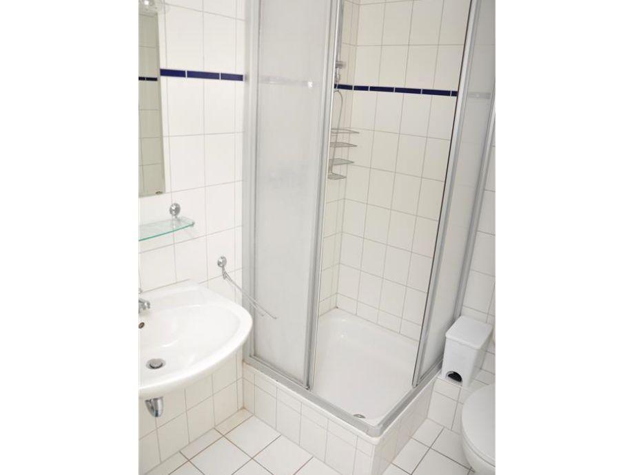 dusche im keller luften da die vorwand raumhoch ist haben - Dusche Im Keller Luften