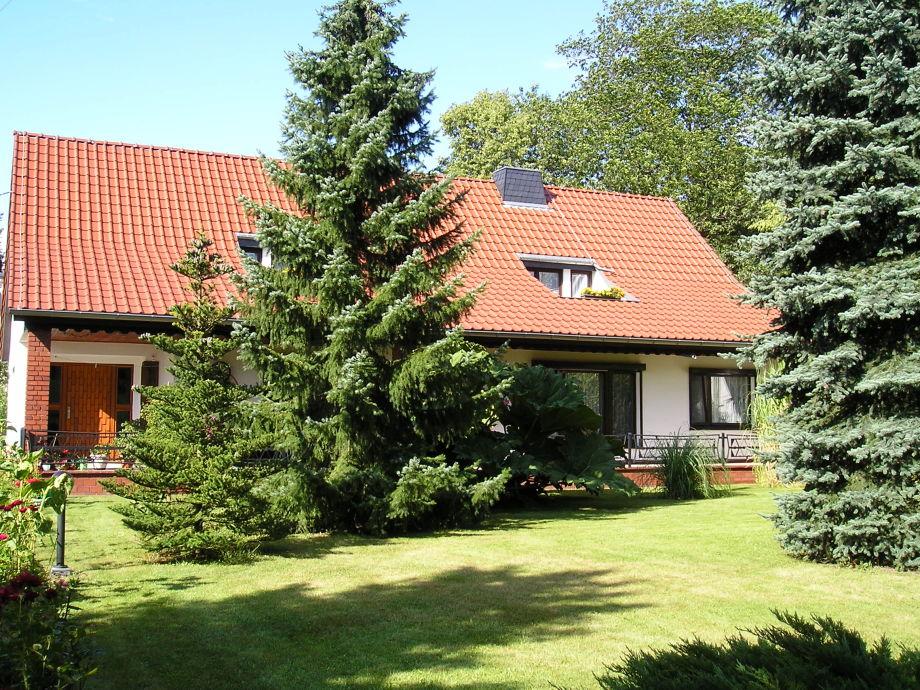 Unser Einfamilienhaus mit 2 Ferienwohnungen im OG