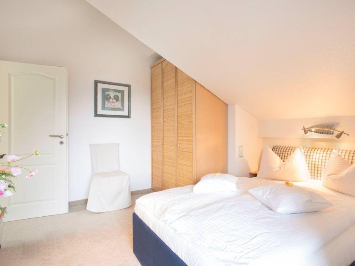 ferienwohnung sonnensteig oberbayern garmisch partenkirchen zugspitzregion firma mahr gmbh. Black Bedroom Furniture Sets. Home Design Ideas