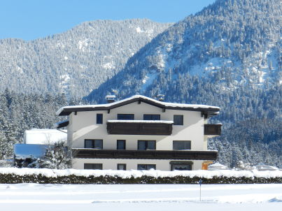 """Haus Ehrenbergblick"""