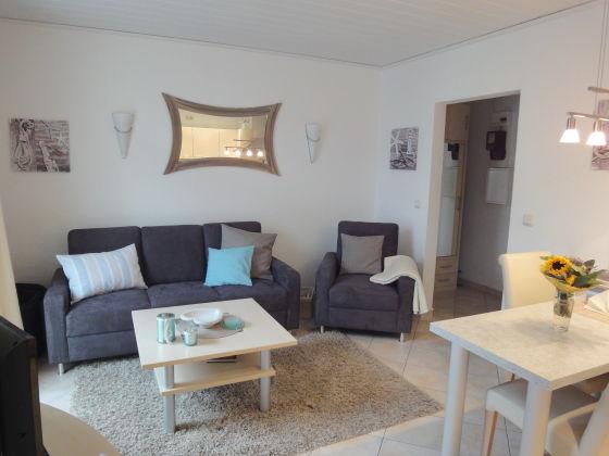 ferienwohnung fischerstra e 4 a whg 2 gr mitz an der ostsee frau renate kronenberg. Black Bedroom Furniture Sets. Home Design Ideas