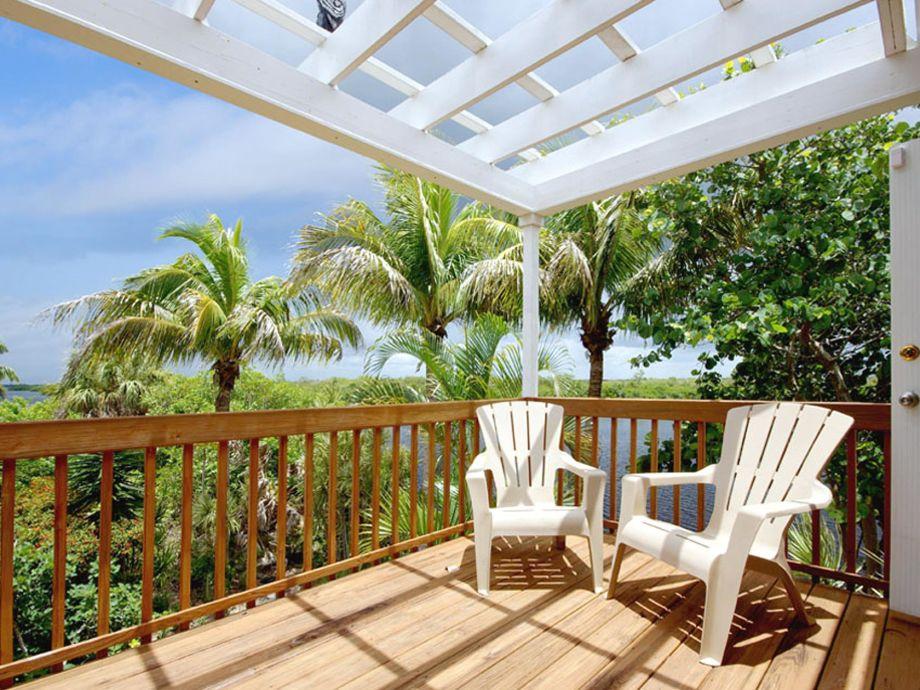 Villa Secret Garden Southwest Florida Cape Coral Pine