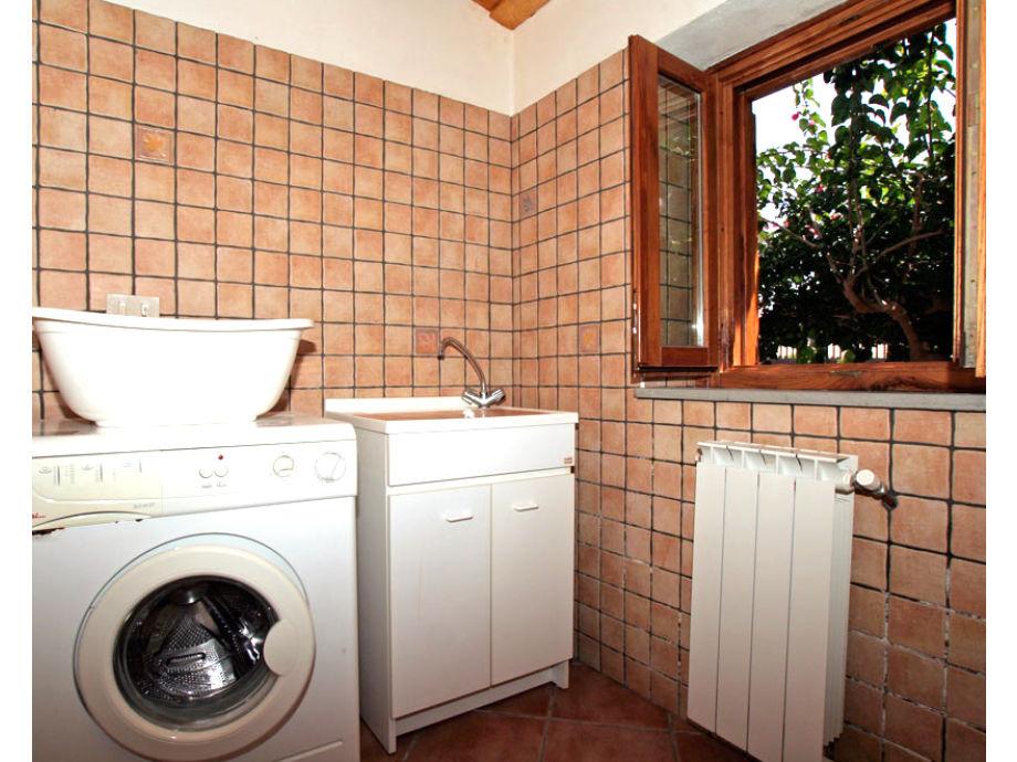 waschtisch waschmaschine wohndesign. Black Bedroom Furniture Sets. Home Design Ideas