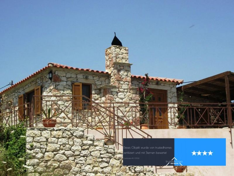Holiday house Village-Stone house with pool