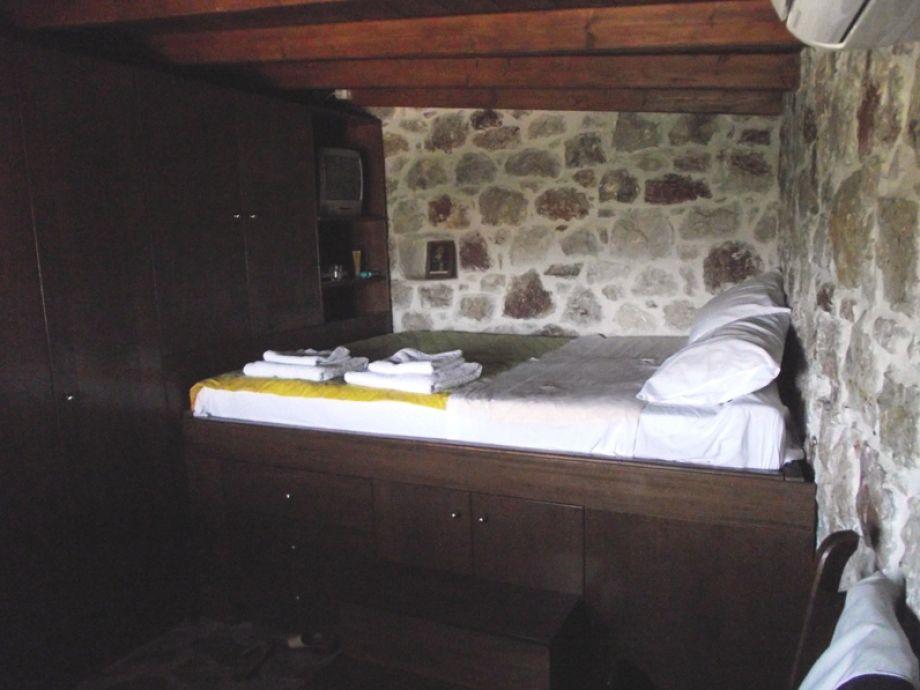 ferienhaus dorf steinhaus mit pool rhodos frau martina becker lips. Black Bedroom Furniture Sets. Home Design Ideas