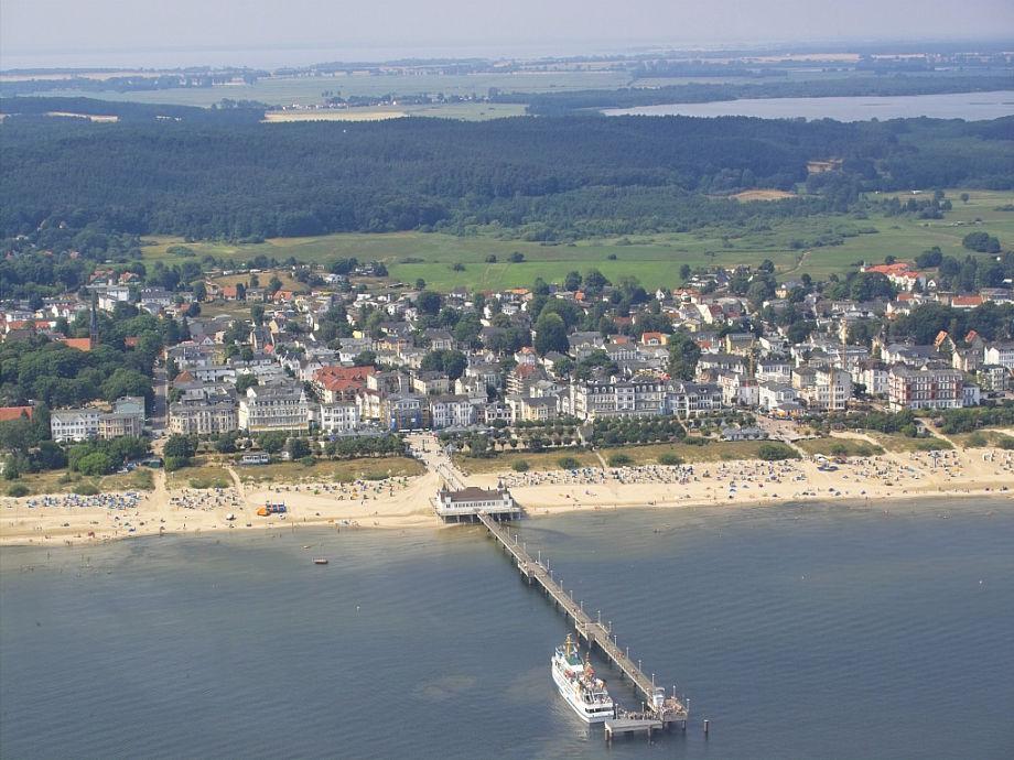 Blick aus der Luft auf das Seebad Ahlbeck