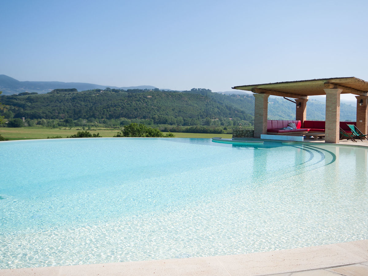 Length Of 8 Person Dining Table Villa Podere Fonteinfrancia Etruscan Coast Of Tuscany