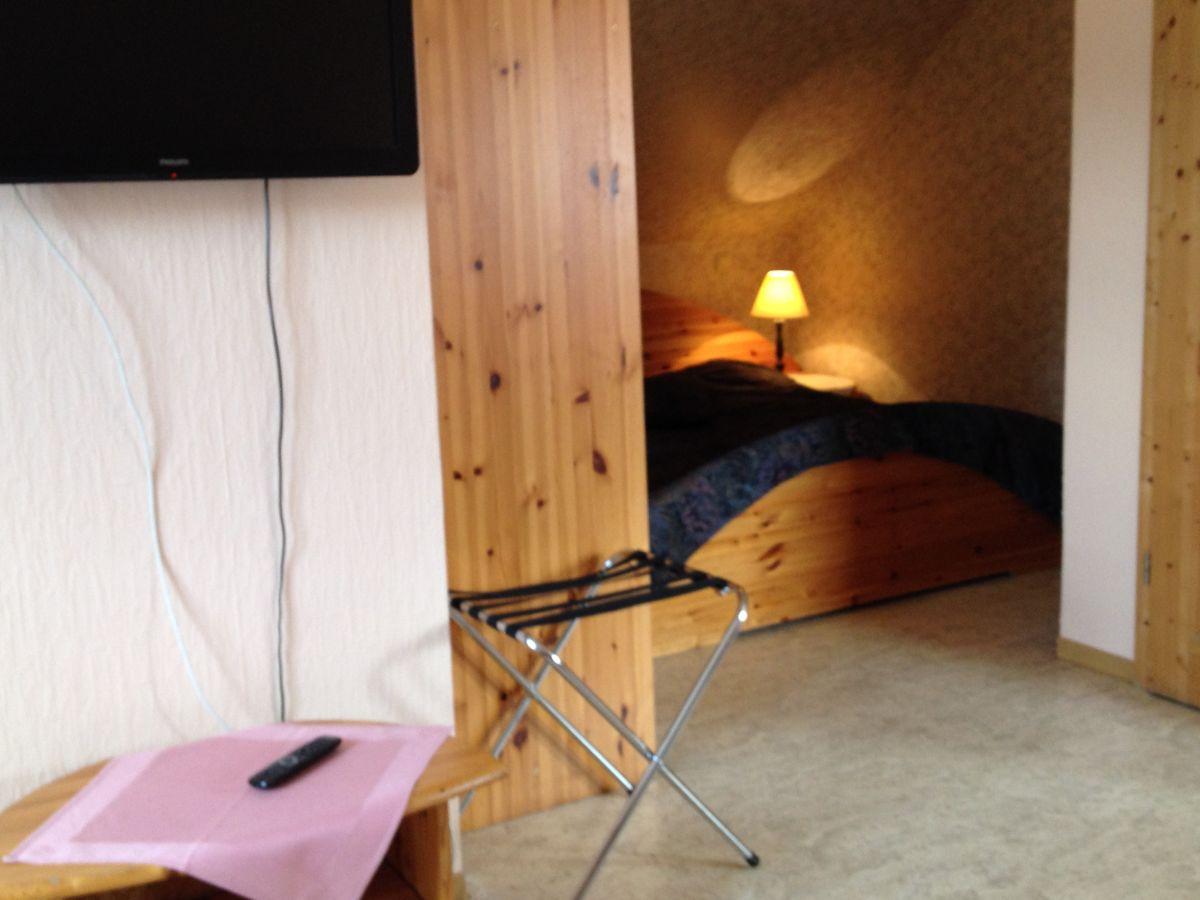 Ferienhaus hildegard gisela esser kn llgebirge firma for Dachgeschoss schlafzimmer