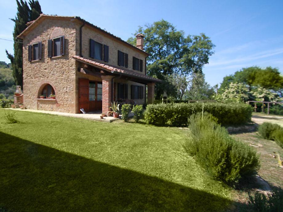 Außenaufnahme Villa Etrusca