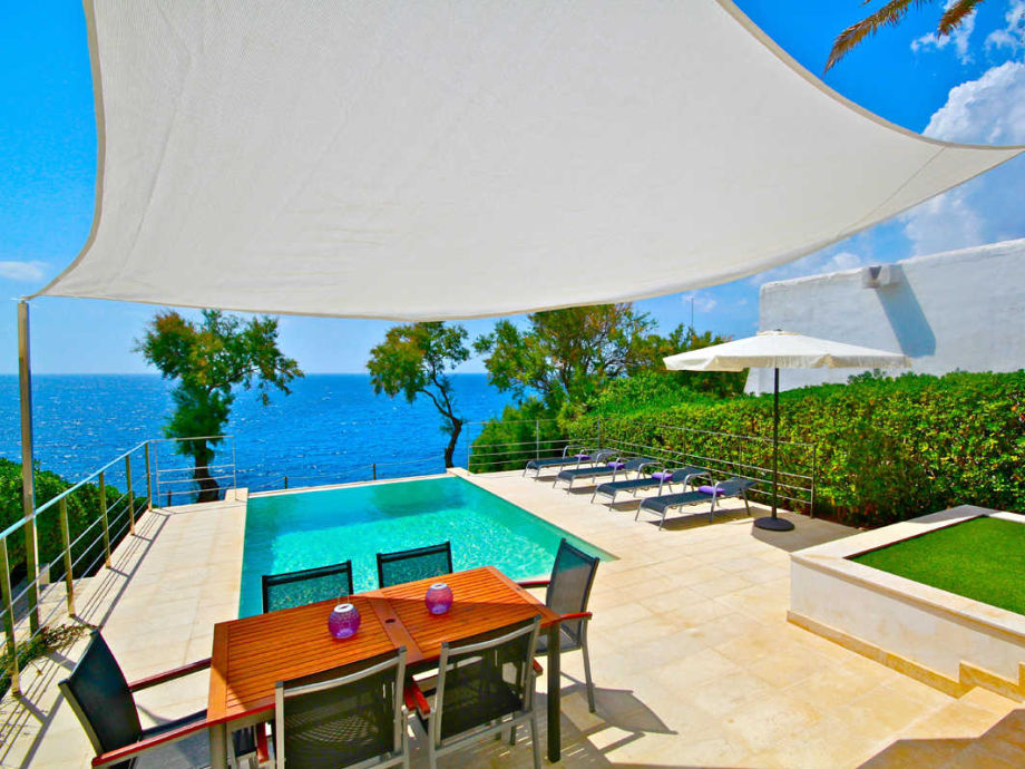 Außenaufnahme Luxus Strandhaus Randemar